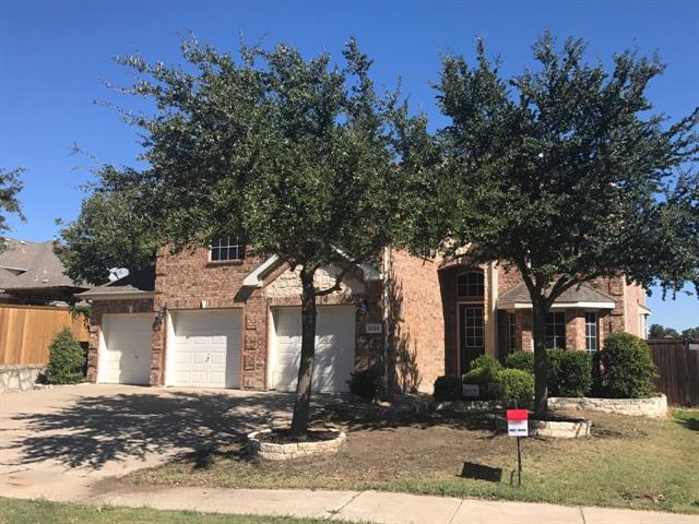 8518 Russell Drive, Rowlett, Texas
