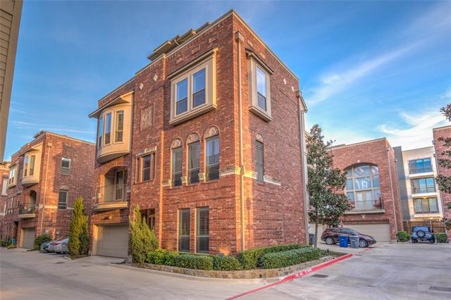 2216 City Market Lane, one of homes for sale in Dallas Downtown