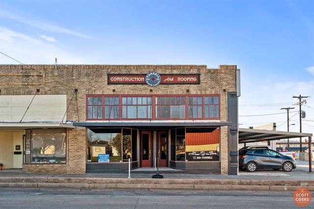 206 S Blackburn Street, Brady, TX 76825