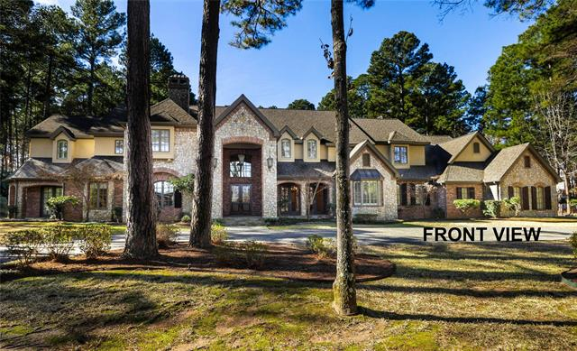 3823 Brighton Creek Circle, Tyler, Texas