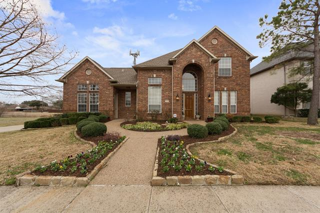 2320 Briardale Drive, Carrollton, Texas