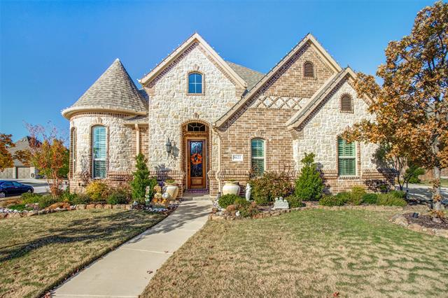 8621 Clara Lane, Hidden Lakes, Texas