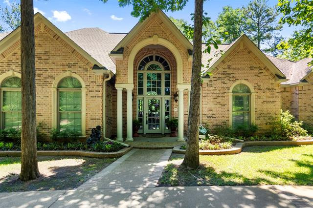 3832 Brighton Creek Circle, Tyler, Texas