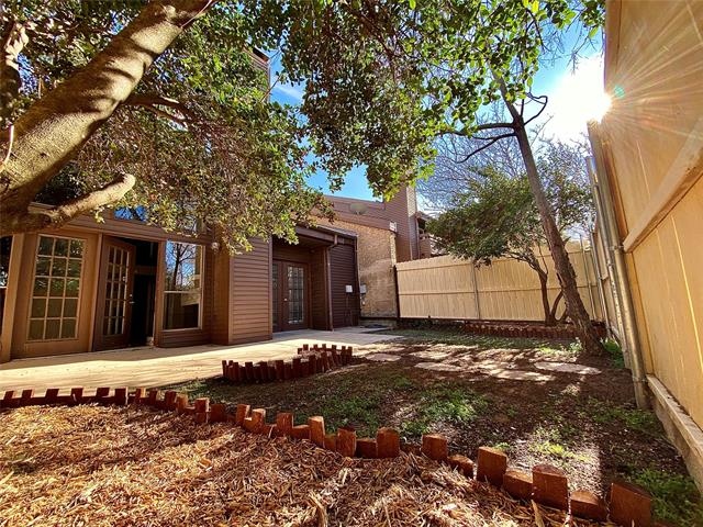 725 Oakwood Trail, Fort Worth Alliance, Texas