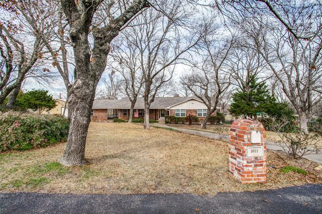 1011 Young Trail, Fairview, Texas