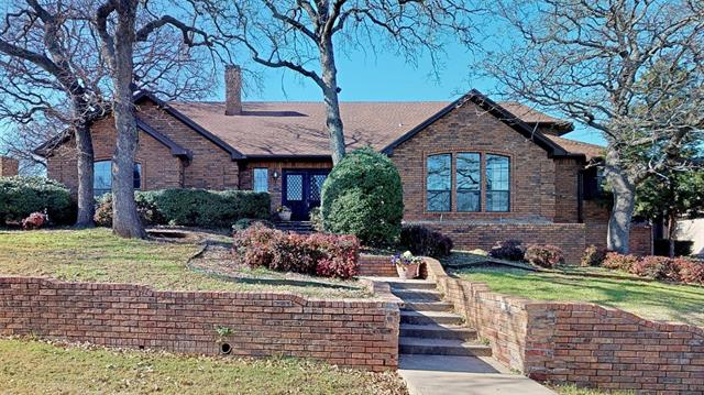 335 Craig Circle, Highland Village, Texas