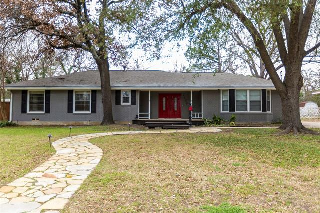 2609 Sherwood Street, Denton, Texas