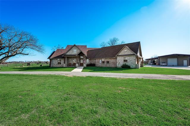 9026 S US Highway 287, one of homes for sale in Corsicana