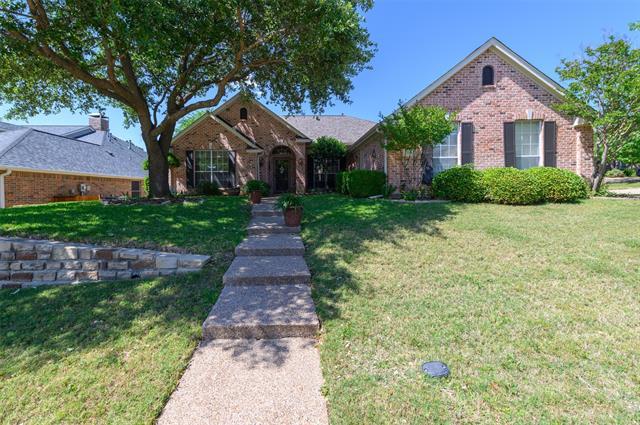 2111 Redrock Drive, Corinth, Texas