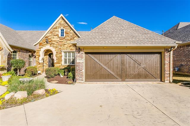 913 Saint George Court, Keller, Texas