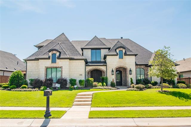 2704 Lake Shore Drive, Keller, Texas