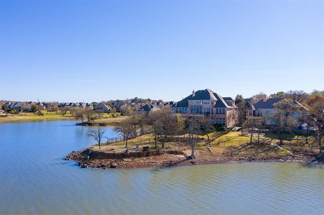 820 N Shore Drive, Highland Village, Texas