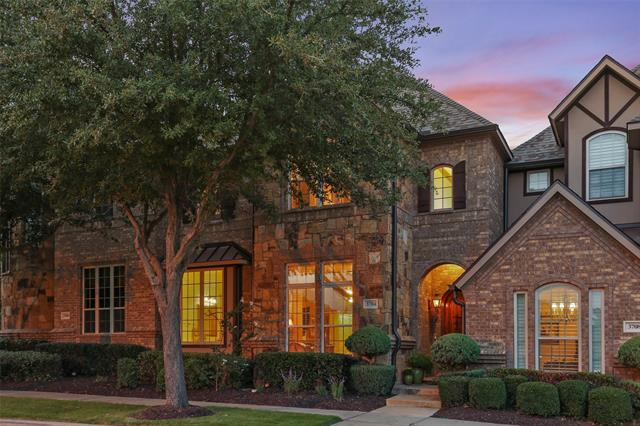 Colleyville Homes for Sale -  Townhome,  3704 Bur Oak Drive