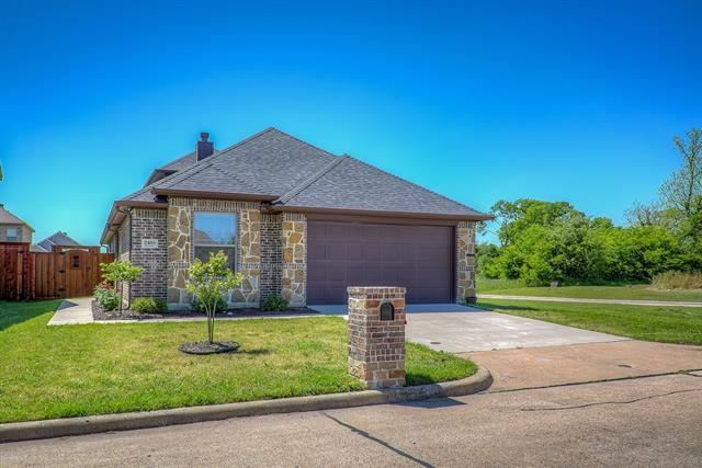 2405 La Costa Drive, Rowlett, Texas
