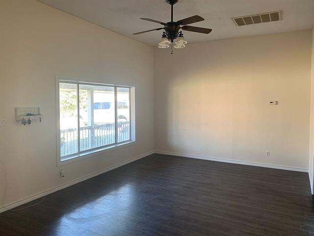 201 E Plummer Street, Eastland, TX 76448