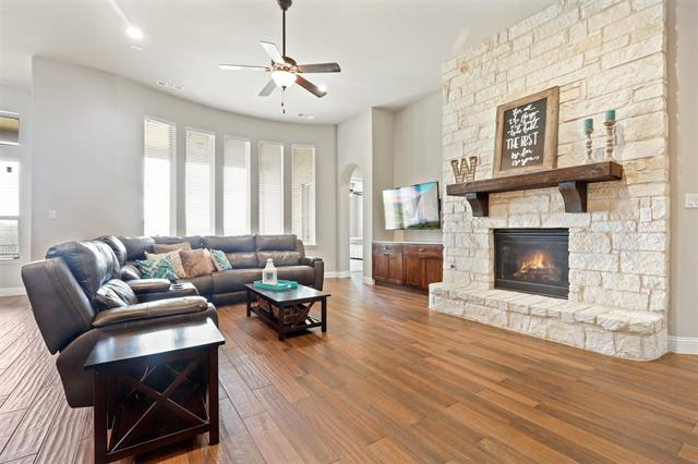 9608 Croswell Street, one of homes for sale in Fort Worth Far North
