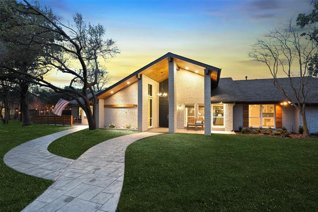 7719 Maplecrest Drive, Addison, Texas
