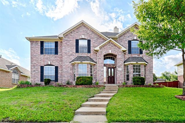 3926 Rolling Oaks Drive, Carrollton, Texas
