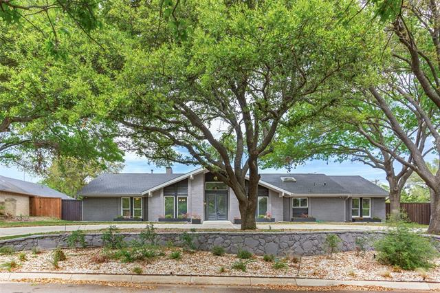 6571 Briarmeade Drive, Addison, Texas