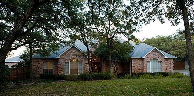 1327 Laredo Court, Denton, Texas