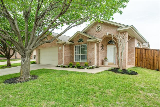 One of Euless 3 Bedroom Homes for Sale at 1000 Harwood Court
