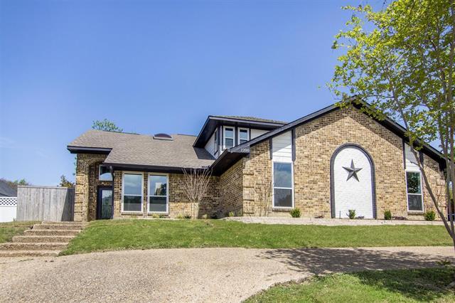 1200 Mackie Drive, Carrollton, Texas