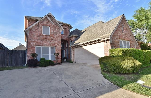 One of Euless 3 Bedroom Homes for Sale at 139 Arbor Glen Drive