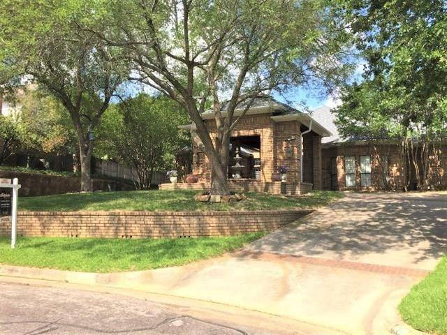4104 Wood Creek Court, Colleyville, Texas