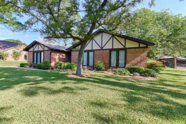 605 E Beady Road, Arlington North, Texas
