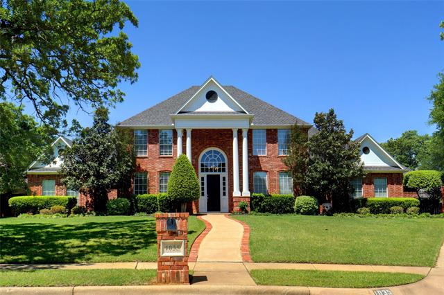 1035 Bradford Court, Hidden Lakes, Texas