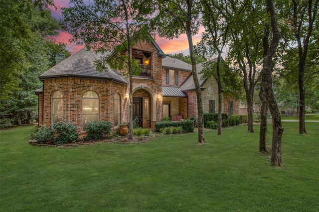 3200 W Oak Shores Drive, Aubrey, Texas