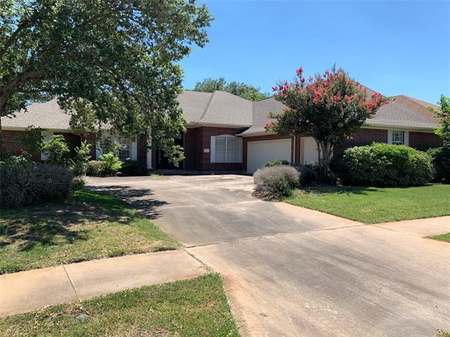 402 Edgewater, Victoria, Texas