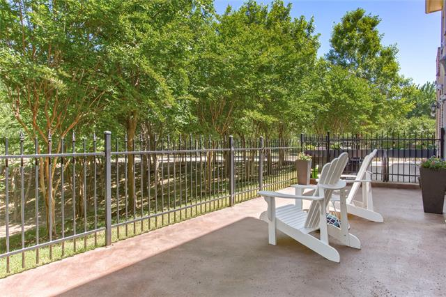 2713 Creekway Drive, one of homes for sale in Carrollton