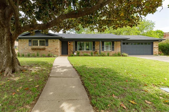 1809 Elmhurst, Arlington North, Texas