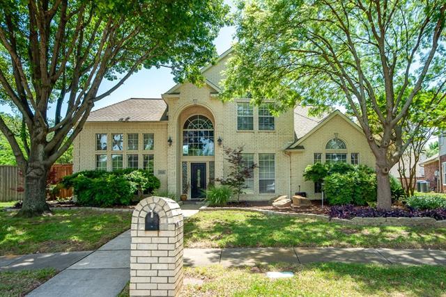 2636 Newcastle Drive, Carrollton, Texas