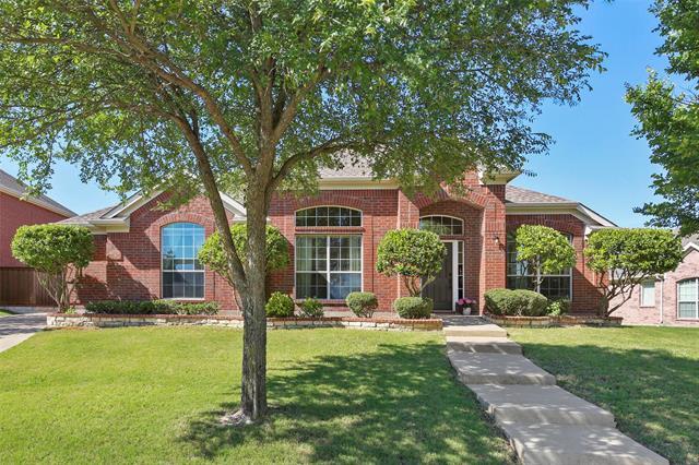 322 Green Acres Drive, Murphy, Texas
