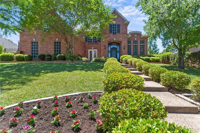 1319 Briar Ridge Drive, Hidden Lakes, Texas