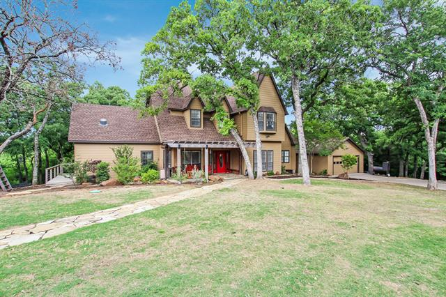 7884 Shady Oak Drive, Aubrey, Texas