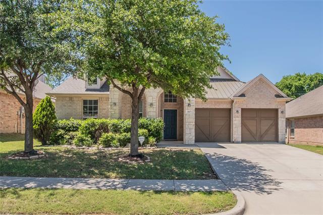 307 Serenade Lane, Euless, Texas