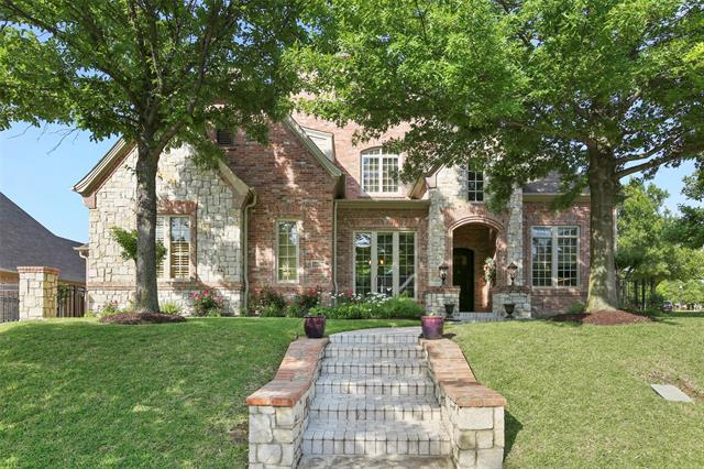 One of Colleyville 4 Bedroom Homes for Sale at 6809 Providence Road