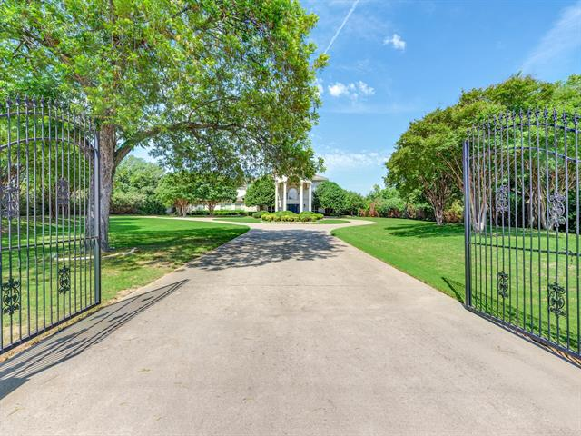 5486 Pool Road, Colleyville, Texas