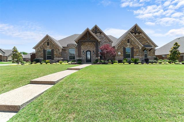 812 Regal Crossing, Hidden Lakes, Texas
