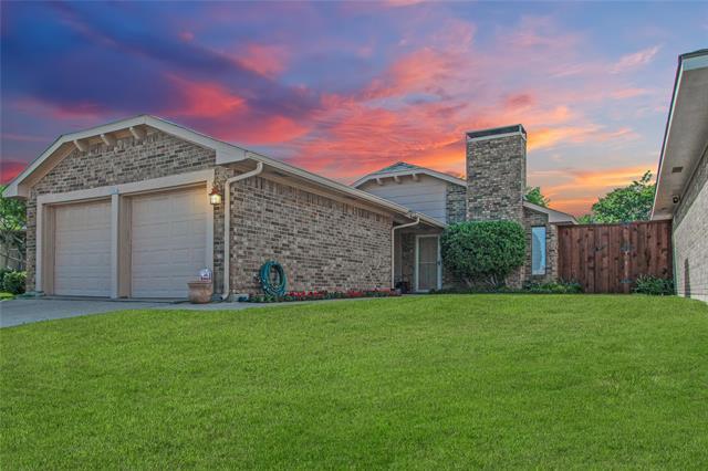 3723 Verlaine Drive, Carrollton, Texas