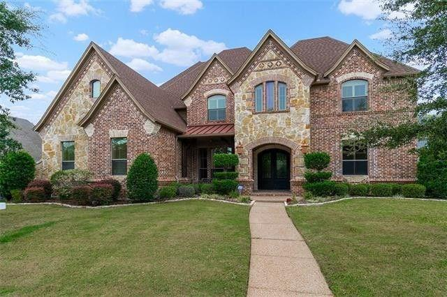 One of Colleyville 5 Bedroom Homes for Sale at 6104 EQUESTRIAN Court