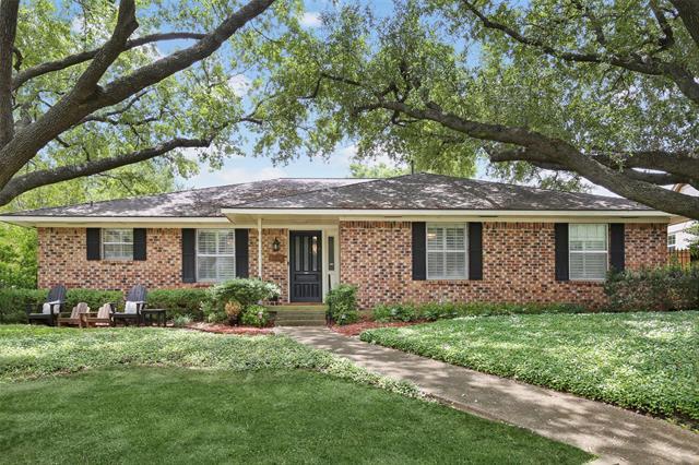 6520 Mercedes Avenue, Dallas Northeast, Texas