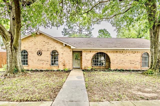 3209 Avon Drive, Arlington Central in Tarrant County, TX 76015 Home for Sale