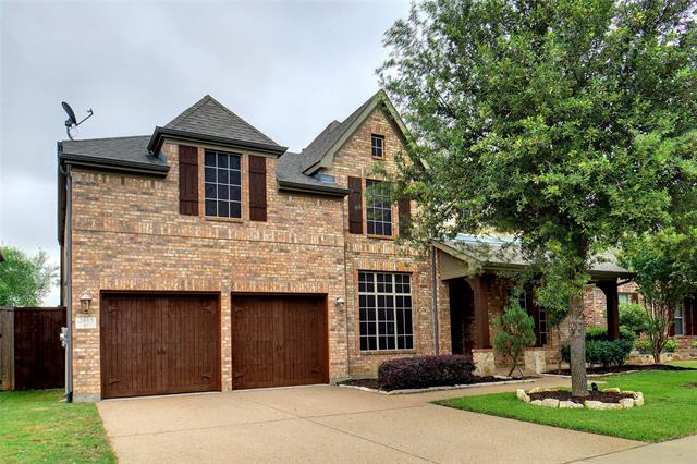2415 Laguna Lane, Arlington North, Texas
