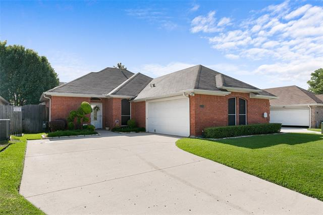 2209 Ashwood Court, Carrollton in Dallas County, TX 75006 Home for Sale