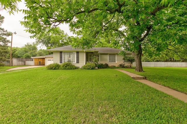1313 W 2nd Street, Arlington Central in Tarrant County, TX 76013 Home for Sale