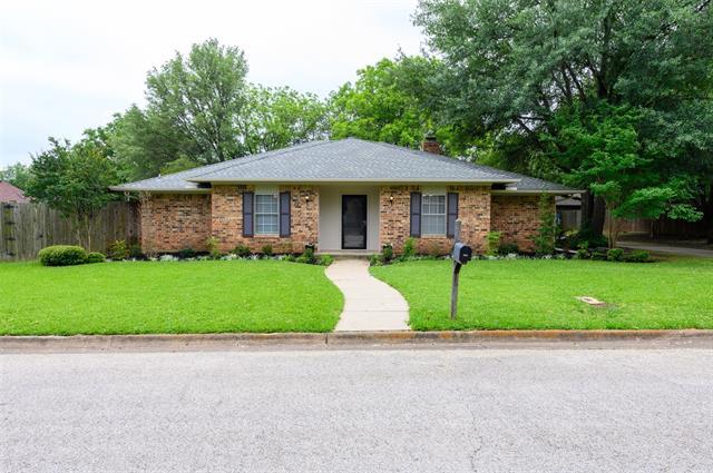 2332 Green Oaks Street, Denton in Denton County, TX 76209 Home for Sale